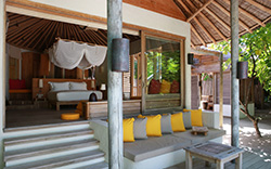 SIX SENSES LAAMU - Lagoon Beach Villa with Pool