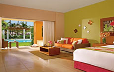 Secrets Royal Beach Punta Cana - Adults Only Junior Suite Pool View