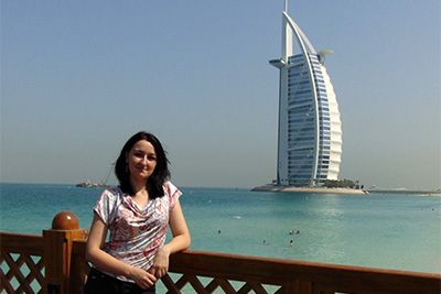 Specialist EAU & Dubai STEFANIA