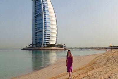 Specialist EAU & Dubai MIHAELA