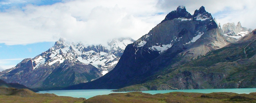 Torres del Paine: Lago Nordernskjold view point, Chile Poza realizata de Sorin Stoica, noiembrie 2013