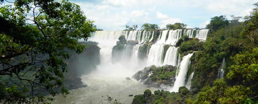 Cascadele Iguassu, Brazilia Poza realizata de Cristina Gradinariu, noiembrie 2014