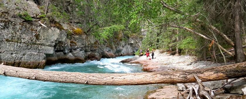 Atractii Canionul Maligne Canada - vezi vacantele