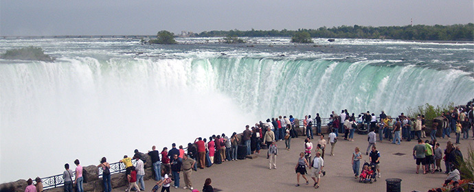 Atractii Cascada Niagara Canada - vezi vacantele