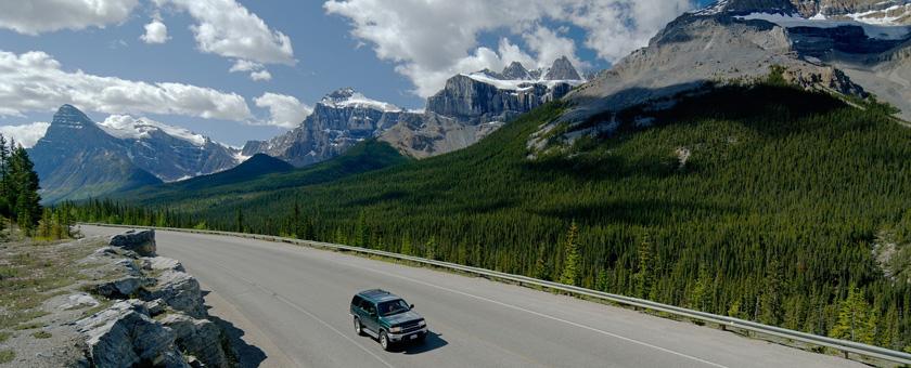 Atractii Icefield Parkway Canada - vezi vacantele