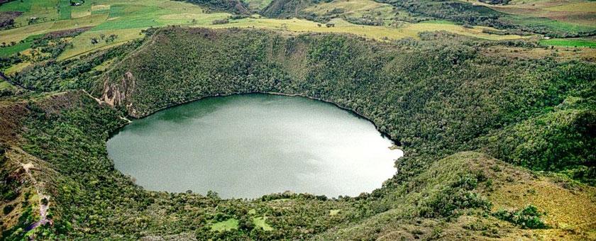 Atractii Lacul Guatavita Columbia - vezi vacantele