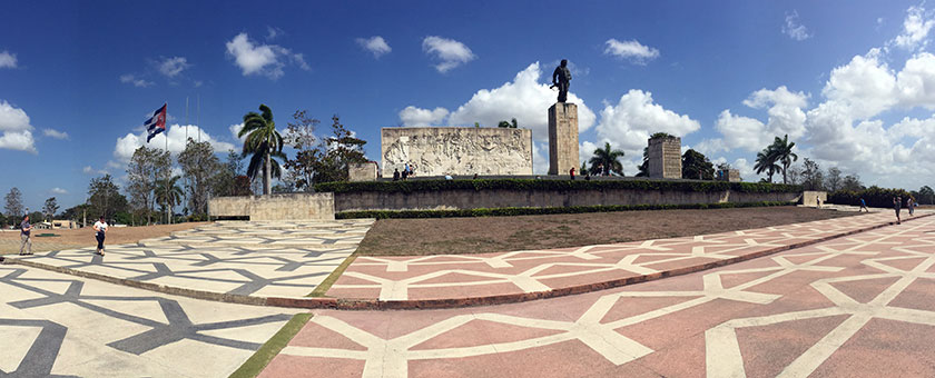 Atractii Monumentul Che Guevara Cuba - vezi vacantele