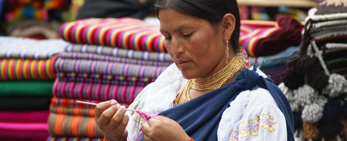 Imbabura: Piata Otavalo, Ecuador Poza realizata de Sorin Stoica, noiembrie 2009