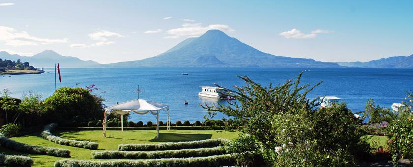 Lacul Atitlan, Guatemala Poza realizata de Sorin Stoica, noiembrie 2011