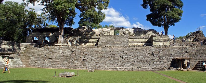 Ruinele Maya de la Copan, Honduras Poza realizata de Sorin Stoica, noiembrie 2011