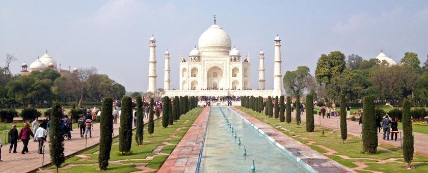 Taj Mahal, India Poza realizata de Hardik Shah, februarie 2013