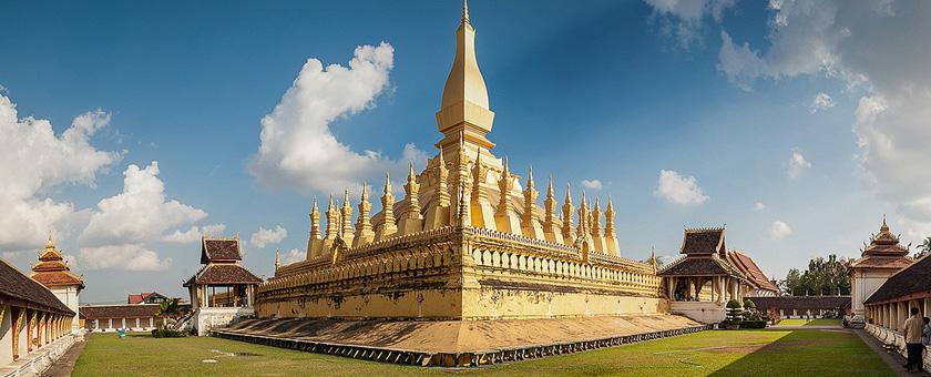 Templul Pha That Luang Laos
