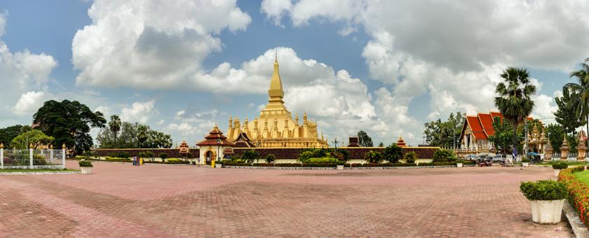 Atractii Templul Pha That Luang Laos - vezi vacantele