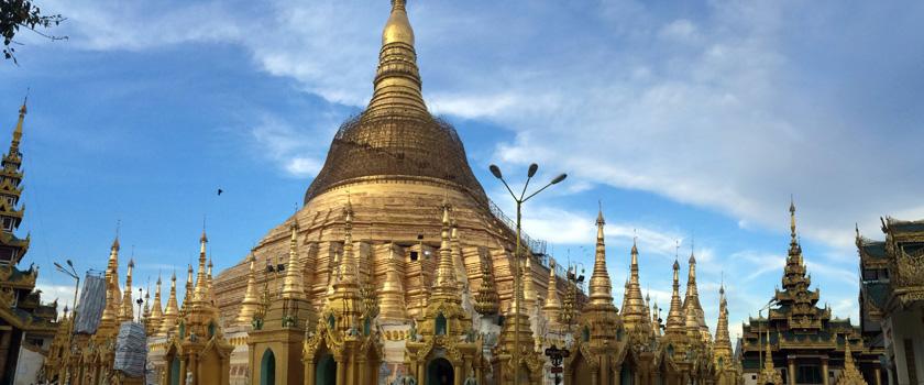 Yangon: Pagoda Shwedagon, Myanmar Poza realizata de Sorin Stoica, septembrie 2014