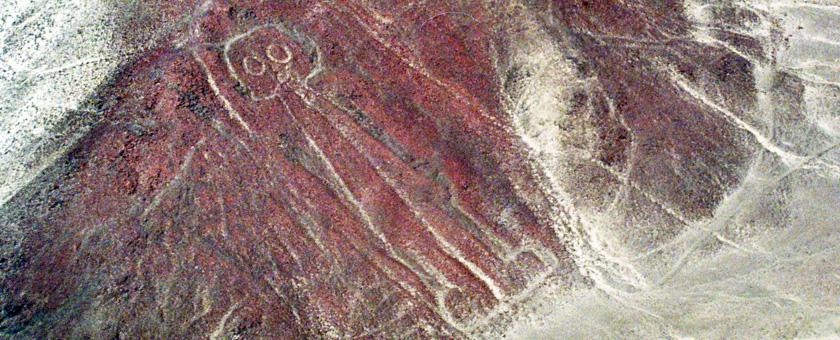 Zbor de survol peste linile de la Nazca: Astronautul, Peru Poza realizata de Daniela Shah, septembrie 2014