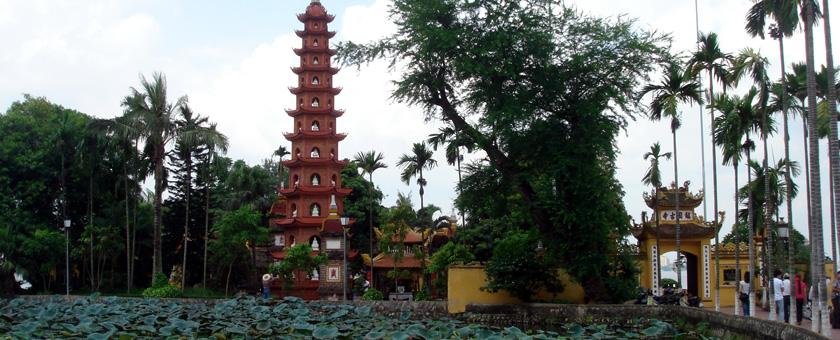 Atractii Pagoda Tran Quoc Vietnam - vezi vacantele