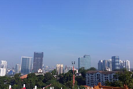 Contraste in Vietnam si Malaezia - Martie