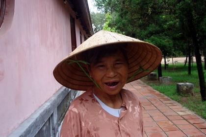 Vietnam - un zambet si o lacrima